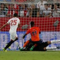 Champions, playoff: quanta sofferenza per il Siviglia. Ok Maribor, Celtic e Olympiacos