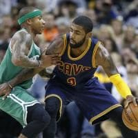 Basket, Nba: Irving passa da Cleveland a Boston in cambio di Thomas