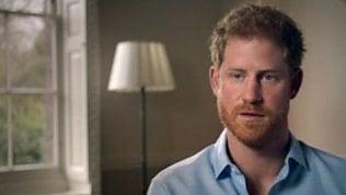 """Harry parla della morte di Diana:""""Mentre moriva scattavano foto"""""""