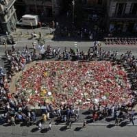 Barcellona, scoperto secondo covo: c'erano scontrini di 500 litri acetone.