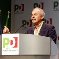 """Gad Lerner lascia Pd: """"Involuzione sui diritti"""". Pollastrini: """"Riflettere, partito era..."""