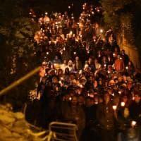 Terremoto del Centro Italia, un anno dopo: veglie e fiaccolate per le 239 vittime