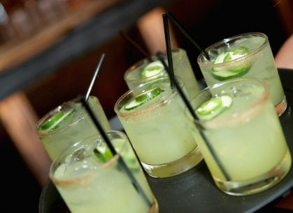 I cocktail del mito: dal Martini al Negroni, il meglio del bere miscelato