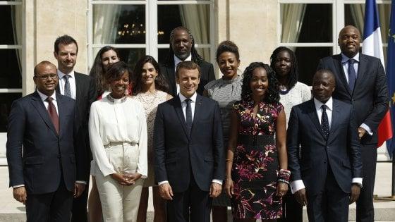 """Francia, Macron ai suoi ambasciatori: """"Priorità lotta al terrorismo islamico"""""""