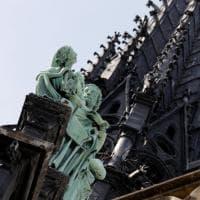 Notre Dame. Statue e gargoyle in pericolo: arcivescovo Parigi avvia crowdfunding