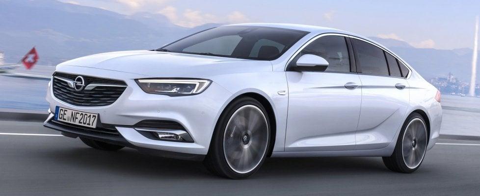 Opel, 50 mila volte Insignia, una vera super ammiraglia