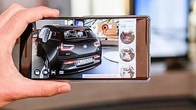 Google sfida Apple, la realtà aumentata sbarca su smartphone Android