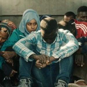 """Venezia, Mostra del Cinema: """"L'ordine delle cose"""" e il suo costo umano, un poliziotto italiano in Libia"""
