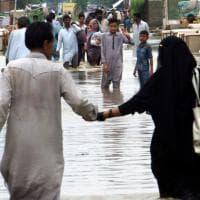 Alluvioni in Asia meridionale: gli scatti dell'emergenza