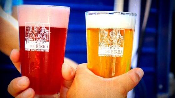 Tra le colline Senesi, il Villaggio (un po' nascosto) dove arriva la birra di tutto il mondo