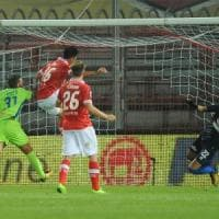 Serie B: Zeman s'inchina al Perugia, il Parma espugna Novara