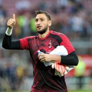 """Raiola: """"Donnarumma non ha chiesto la fascia, il Milan gliel'ha offerta"""""""