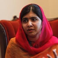 Malala bacchetta San Suu Kyi: