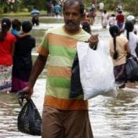 Inondazioni, Asia meridionale: sono 16 milioni i bambini colpiti da interminabili piogge monsoniche