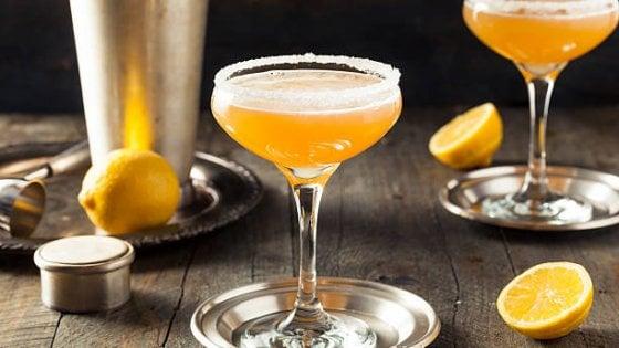 La macchina del tempo al bar: dal Sidecar al Pink Lady, ecco i cocktail dei ruggenti anni Venti