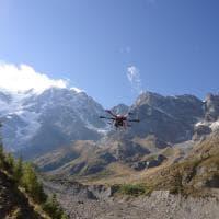 Ghiacciai, dall'Alta scuola politecnica un drone speciale per mapparne lo scioglimento