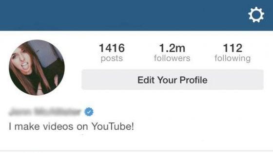"""Il mercato nero dei profili verificati sui social: """"Fino a 15mila dollari per un badge blu su Instagram"""""""