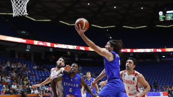 Calendario Italia Basket Europei.Basket Europei Italia Batte Georgia All Ultimo Respiro