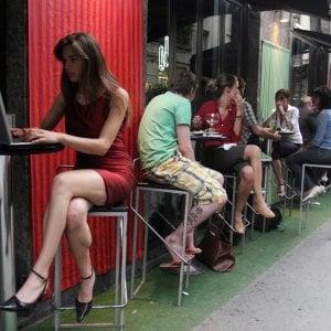 Solo un terzo dei giovani crede nel lavoro in Italia. Ma per andare all'estero serve un'offerta economica alta