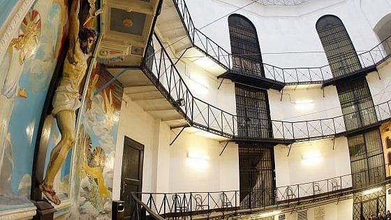 "Carceri, Strasburgo bacchetta l'Italia: ""Sovraffollate. Troppi maltrattamenti"""