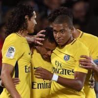 Francia, l'irresistibile trio Mbappé-Neymar-Cavani incanta il Psg