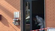 Picchiata e uccisa: arrestati due coinquilini, uno era ai domiciliari per maltrattamenti