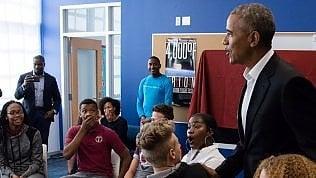 Indovina chi viene a scuola: Obama sorprende gli studenti
