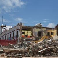 Terremoto in Messico, bimbo di 11 anni estratto vivo dalle macerie. Viaggio nella città ferita che trema ancora