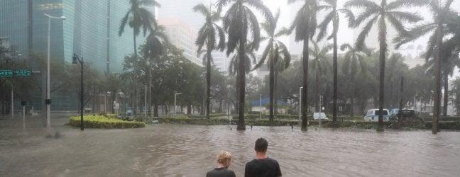 Irma arriva alle Keys, primi morti in Florida.· Miami è deserta, iniziano inondazioni