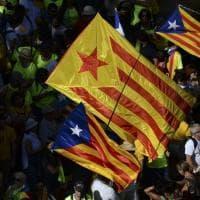 Barcellona, un mare di bandiere stellate per dire sì al referendum indipendentista
