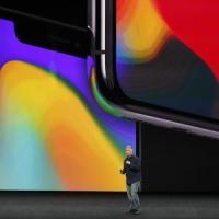 Apple iPhone X, la nuova via della Mela