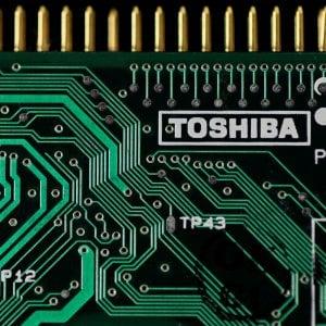 I processori Toshiba verso la vendita a una cordata con Bain e Apple per 18 miliardi