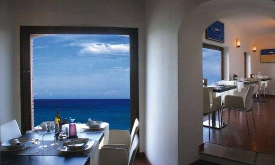 Di tavola in tavola tra le cucine (aperte) della Puglia