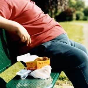Ecco come il grasso addominale può aumentare il rischio di cancro