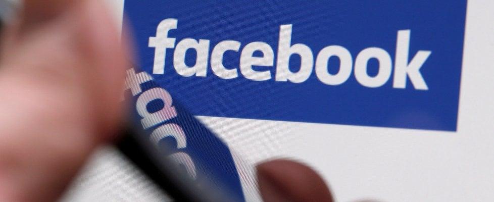 Nell'auto a guida autonoma tutti su Facebook