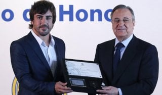 "F1, Ecclestone conferma: ""Alonso resta in McLaren"""