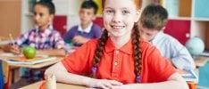 Ritorno a scuola, manuale  per genitori e figli  di SARA PERO   Ansia da primo giorno di scuola   Campanella: prima o dopo le 8.30?   Il sondaggio