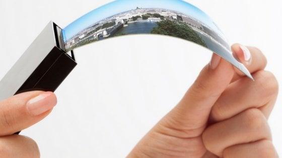Samsung: verso uno smartphone pieghevole entro il 2018