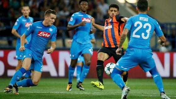 Champions, Shakhtar Donetsk-Napoli 2-1: Milik non basta, Taison e Ferreyra piegano gli azzurri