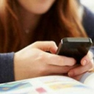 AgCom: pronti a sanzionare gli operatori di telefonia, fattura deve essere mensile