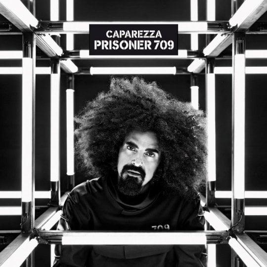 """Prigioniero Caparezza: """"In un momento in cui non riuscivo a riconoscermi è nato il disco"""""""