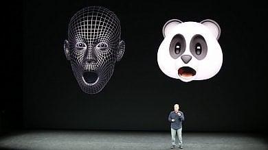 Apple, Face ID e iPhone X  tra privacy e sicurezza   ·video     ·foto