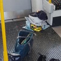 Londra, esplosione nel metrò: l'ordigno nel vagone