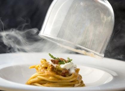 L'Osteria dell'Orologio a Fiumicino: quante tavole gourmet intorno al porto