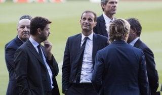 Allegri: ''Dobbiamo giocare da Juve, non copiare il Barcellona''