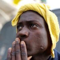 Migranti, oltre mille intercettati dalla Guardia costiera libica e mandati in un campo di...