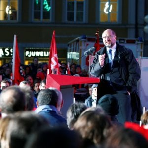 Germania, la Spd di Schulz a picco nei sondaggi a una settimana dalle elezioni