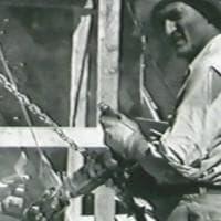 Monte Rushmore, una targa per l'italiano Luigi Del Bianco. Fu lui a intagliare i volti...