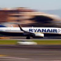 """Ryanair nel caos, """"perde"""" piloti. O'Leary: 400mila passeggeri a terra. Ecco la lista dei..."""