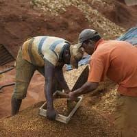 Zimbawe, Robert Mugabe e i diamanti sotto ai piedi di un un popolo allo